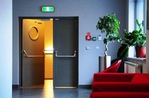 Противопожарные двери - изготовление и установка в Оренбурге