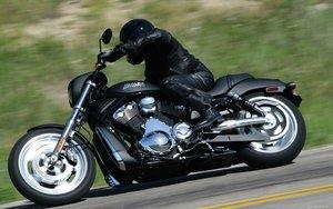 """Стать крутым мотоциклистом вместе с """"Автошколой"""""""