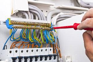 Заказать монтаж электропроводки в квартире в Вологде