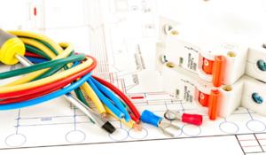 Услуги по замене электропроводки в доме в Череповце