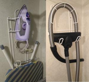 Универсальные держатели для утюга и шланга пылесоса