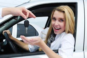 Автошкола «Мотор» объявляет об изменении цен на обучение