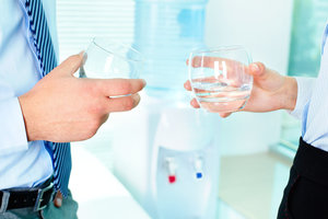 Заказать воду. Доставка в квартиры и офисы