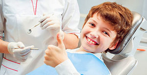 На что обратить внимание при выборе стоматолога ребенку