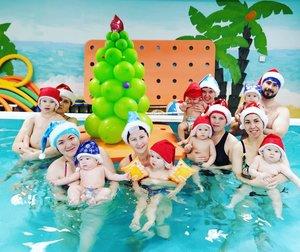 Приглашаем на новогодние КВА-КВА- ёлки в бассейне!