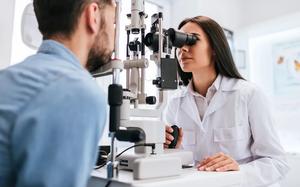 Записаться на консультацию к офтальмологу в Череповце