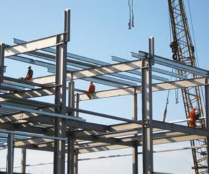 Российский лидер по производству и монтажу зданий из металлоконструкций Астрон (ASTRON ) в России.