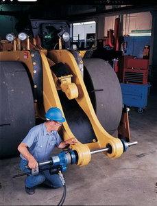 Ремонт и восстановление отверстий деталей спецтехники