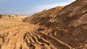 Купить песок карьерный оптом в Вологде