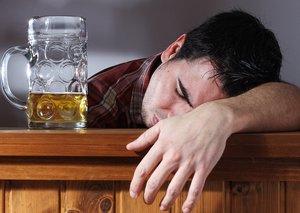 Мы убеждены: алкоголь и человек - вещи несовместимые!