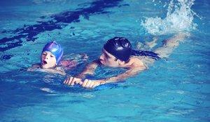 Школа плавания в Вологде. Занятия проводятся с опытным инструктором