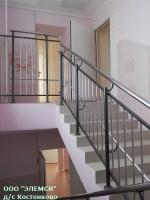 Изготовлены и установлены лестничные ограждения