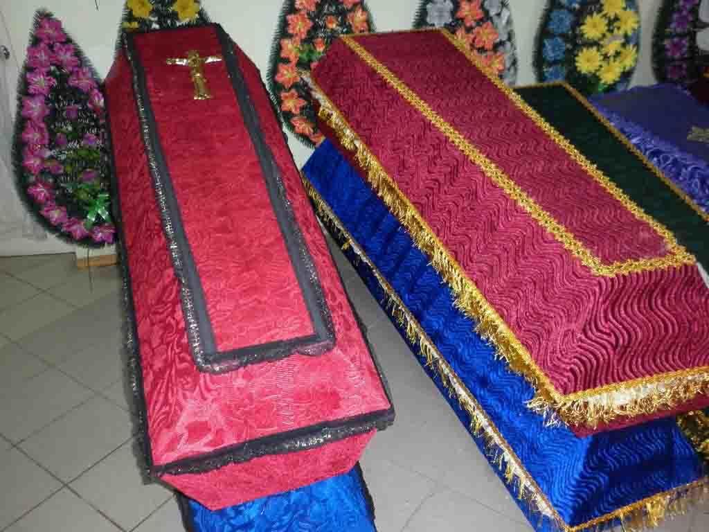 Заказать гробы обитые тканью в Красноярске