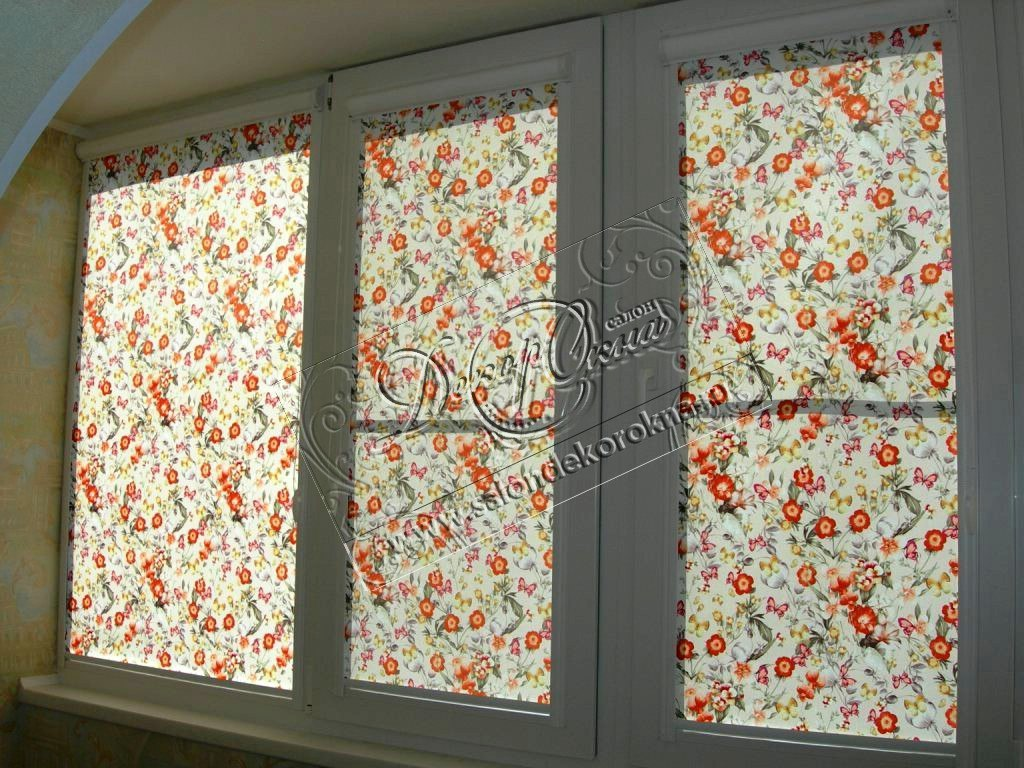 рулонные шторы из тканей с цветами