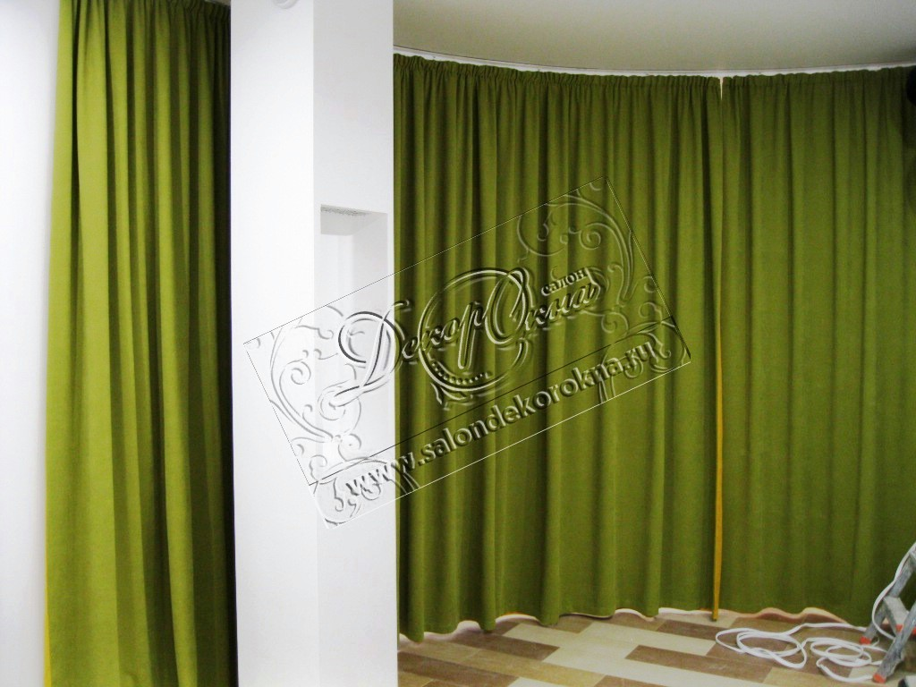 Испанский (гибкий) карниз и шторы в качестве перегородки помещения