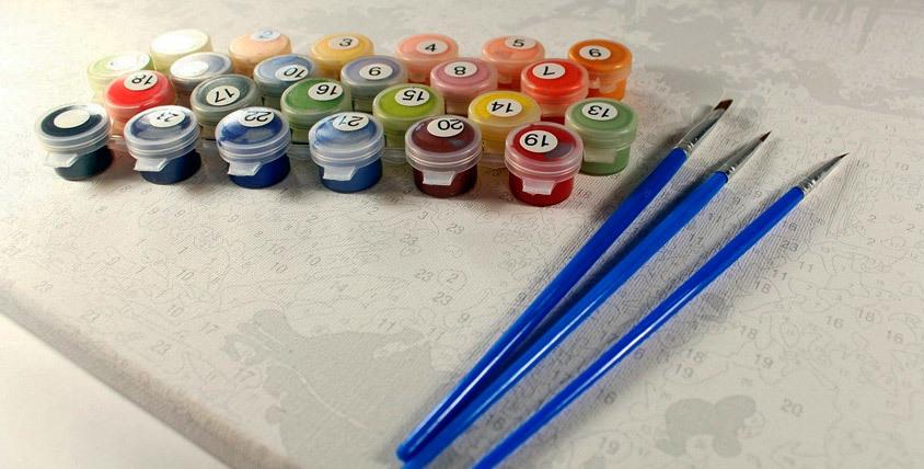 Картины по номерам 40* 50 на холсте, натянуты на раму, краски, кисточки в комплекте. В наличии. 590 рублей.Череповец. Игрушки Сити.