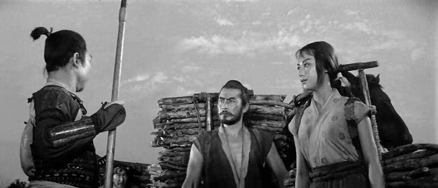 Кадр из фильма Трое негодяев в скрытой крепости