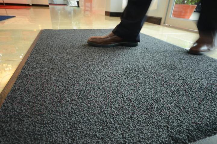 Где купить грязезащитные ковры в Череповце